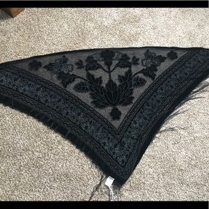 NWT Candie's Black Tile Scarf